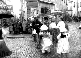 Etruscan Corner Tuscia Film Fellini Vitelloni Viterbo Piazza Fontana Grande