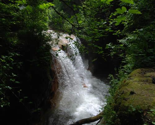 Luoghi Energetici Etruschi Acquarossa Cascata
