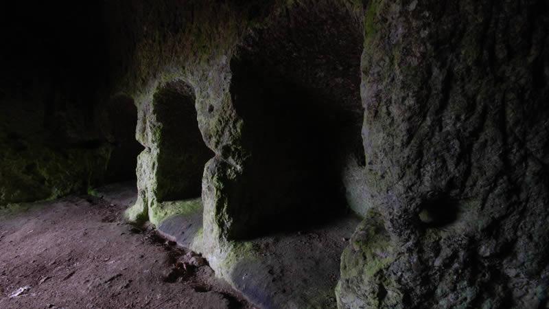 Morranaccio Grotta delle 36 Nicchie