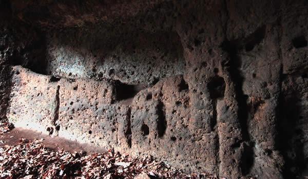Grotta delle 36 Nicchie. Quinta Camera Rituali Acqua