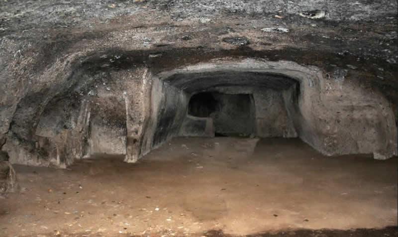 Grotte Ipogei Camere Energetiche - Ipogei di Loiano Grotta 2