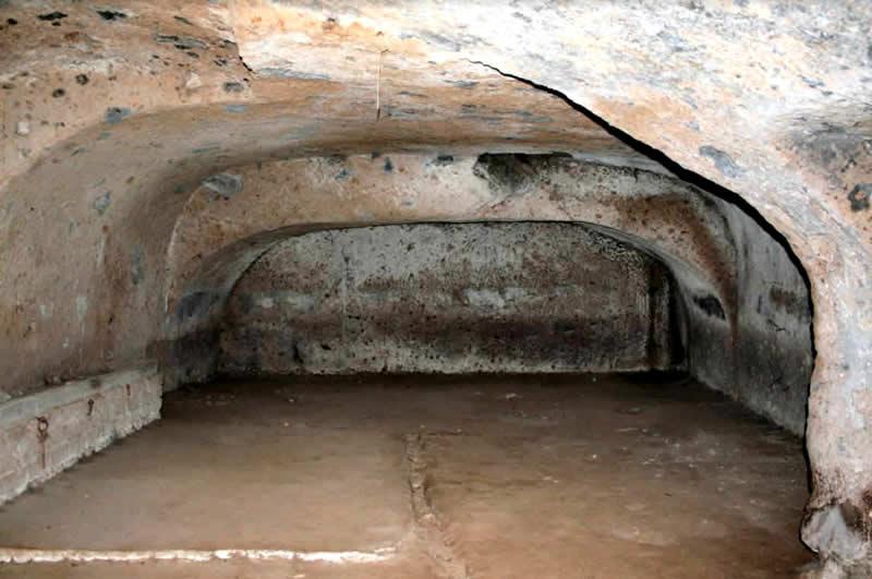 Grotte Ipogei Camere Energetiche -Ipogei di Loiano Grotta