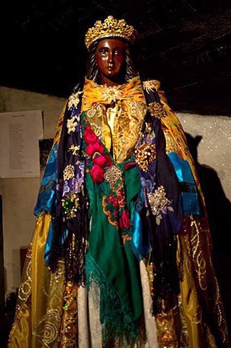 Da Dea A Dio Santa Sara la-Kali